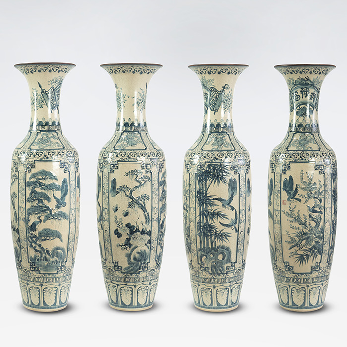 Cranes and pine motifs on Bat Trang ceramics